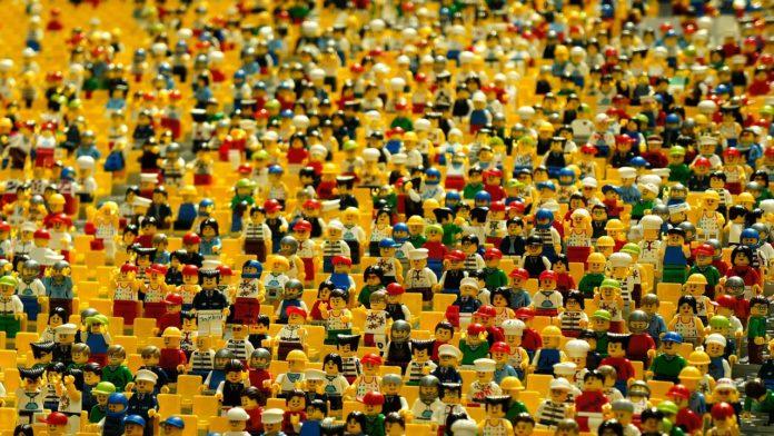 Lego public philosophy